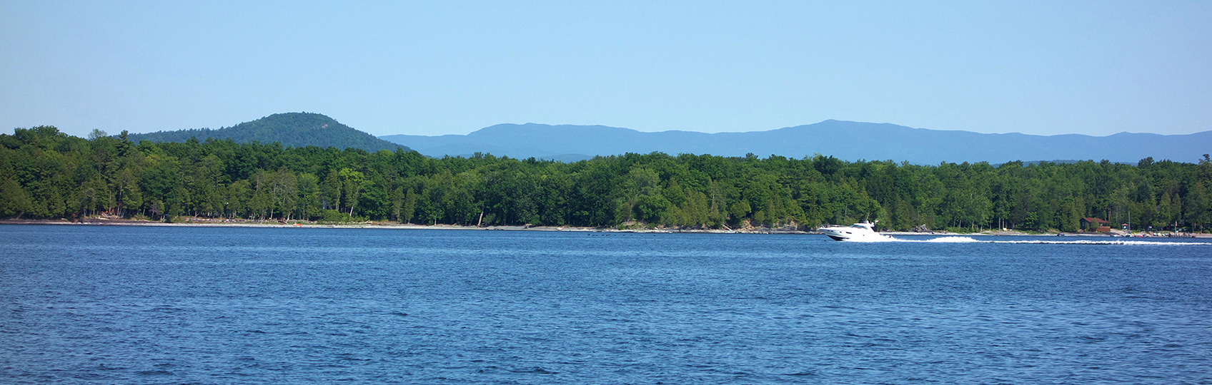Find Vermont lakefront homes and real estate for sale