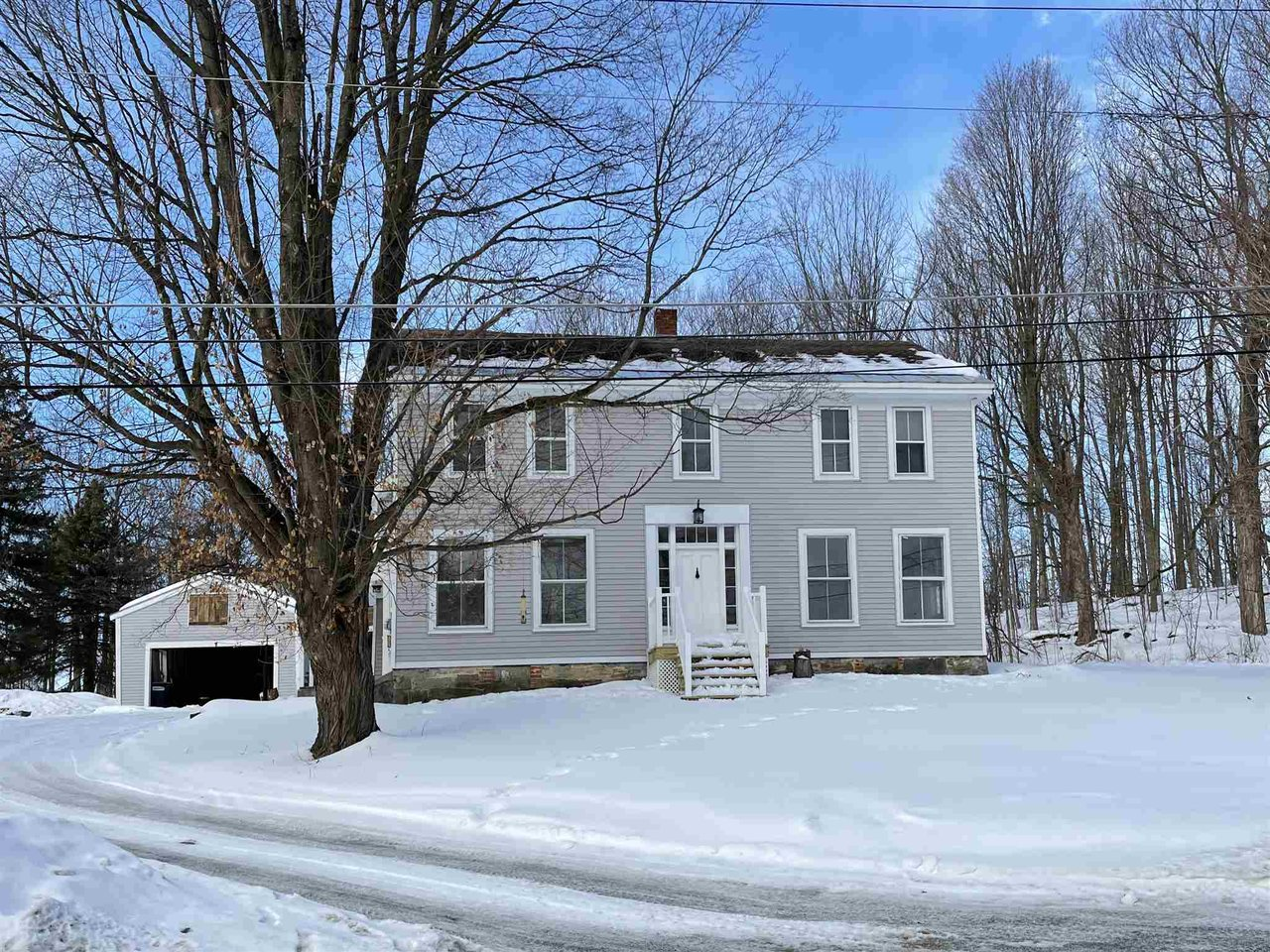144 Halladay Road, Middlebury
