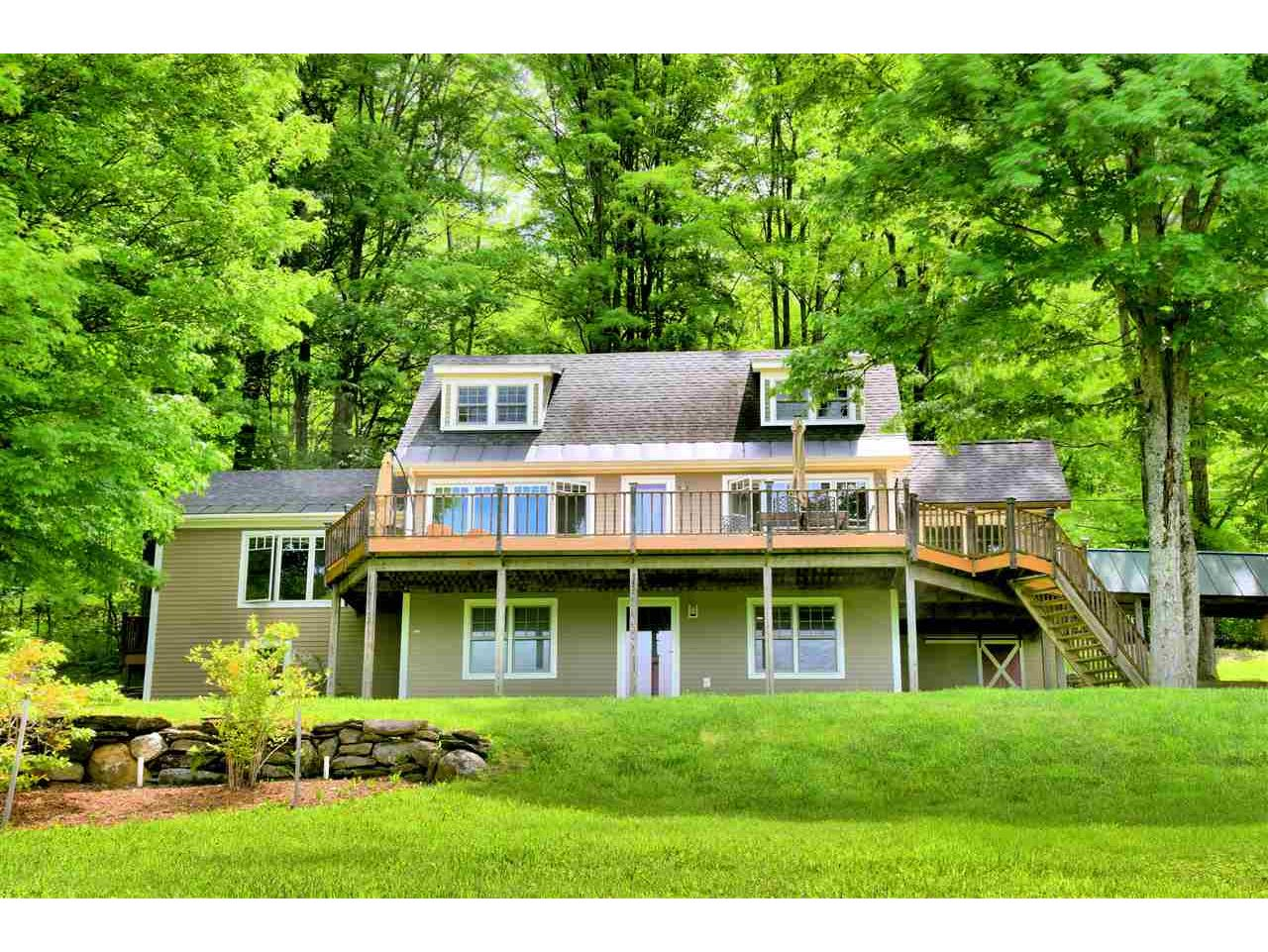 1477 Turkey Hill Rd, Northfield