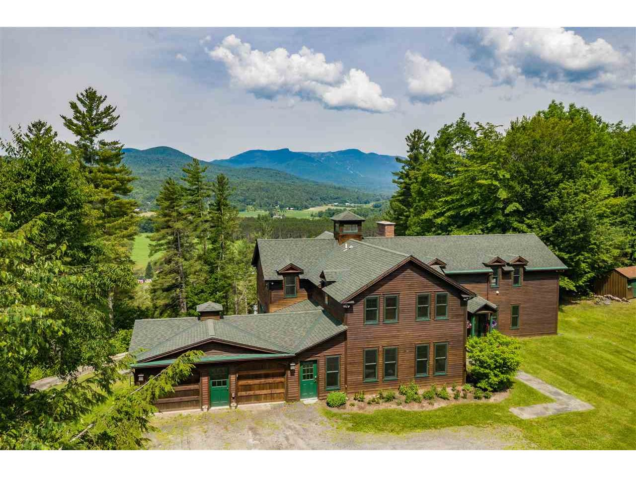160 East Ridge Road, Stowe