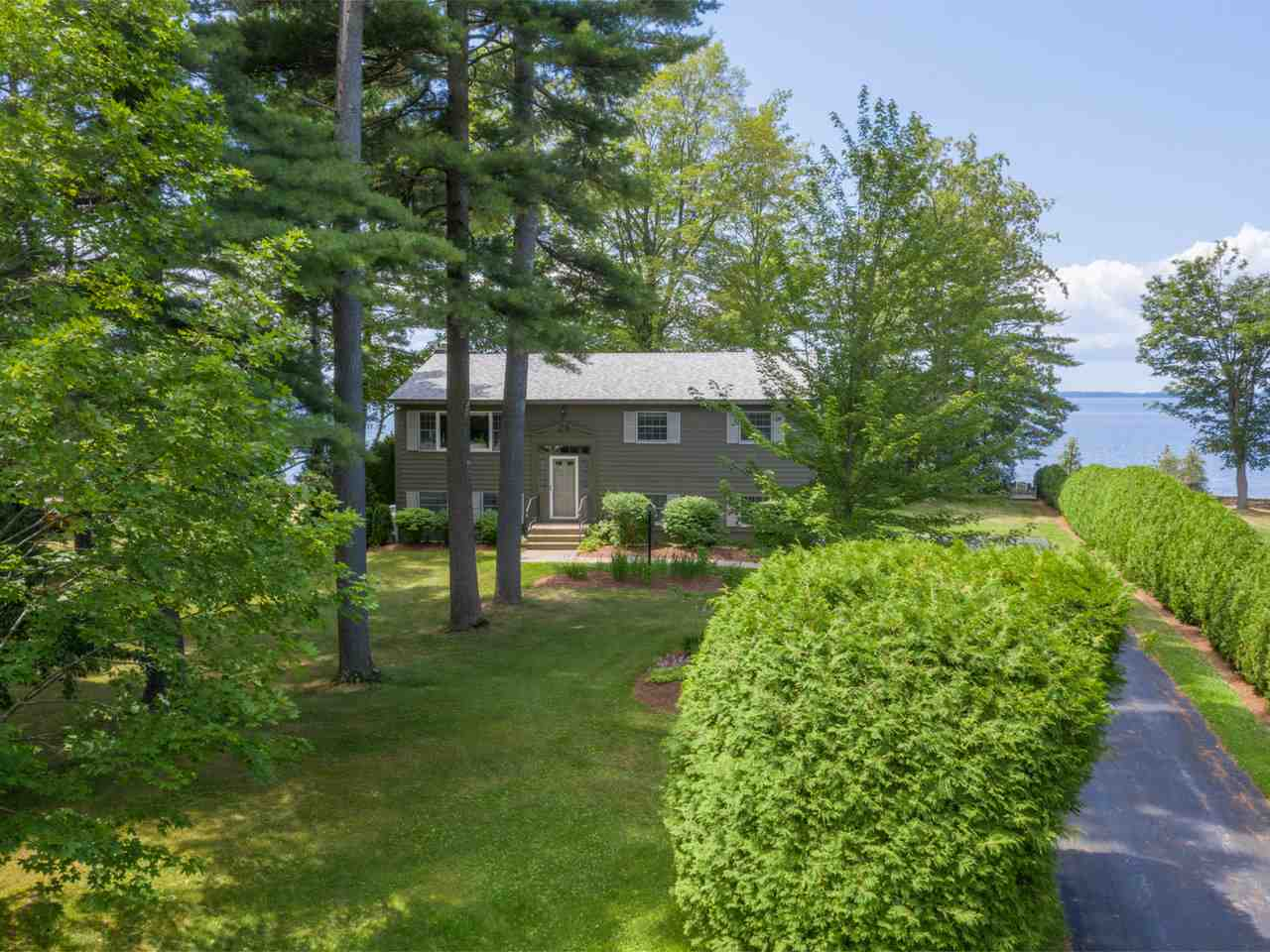196 Maquam Shore Road, Swanton