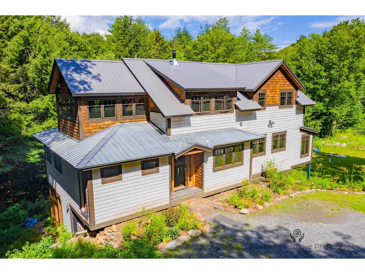 3164 Nebraska Valley Road, Stowe