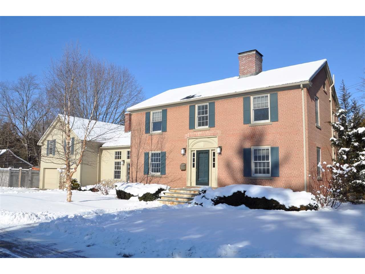 32 Morningside Drive, Middlebury