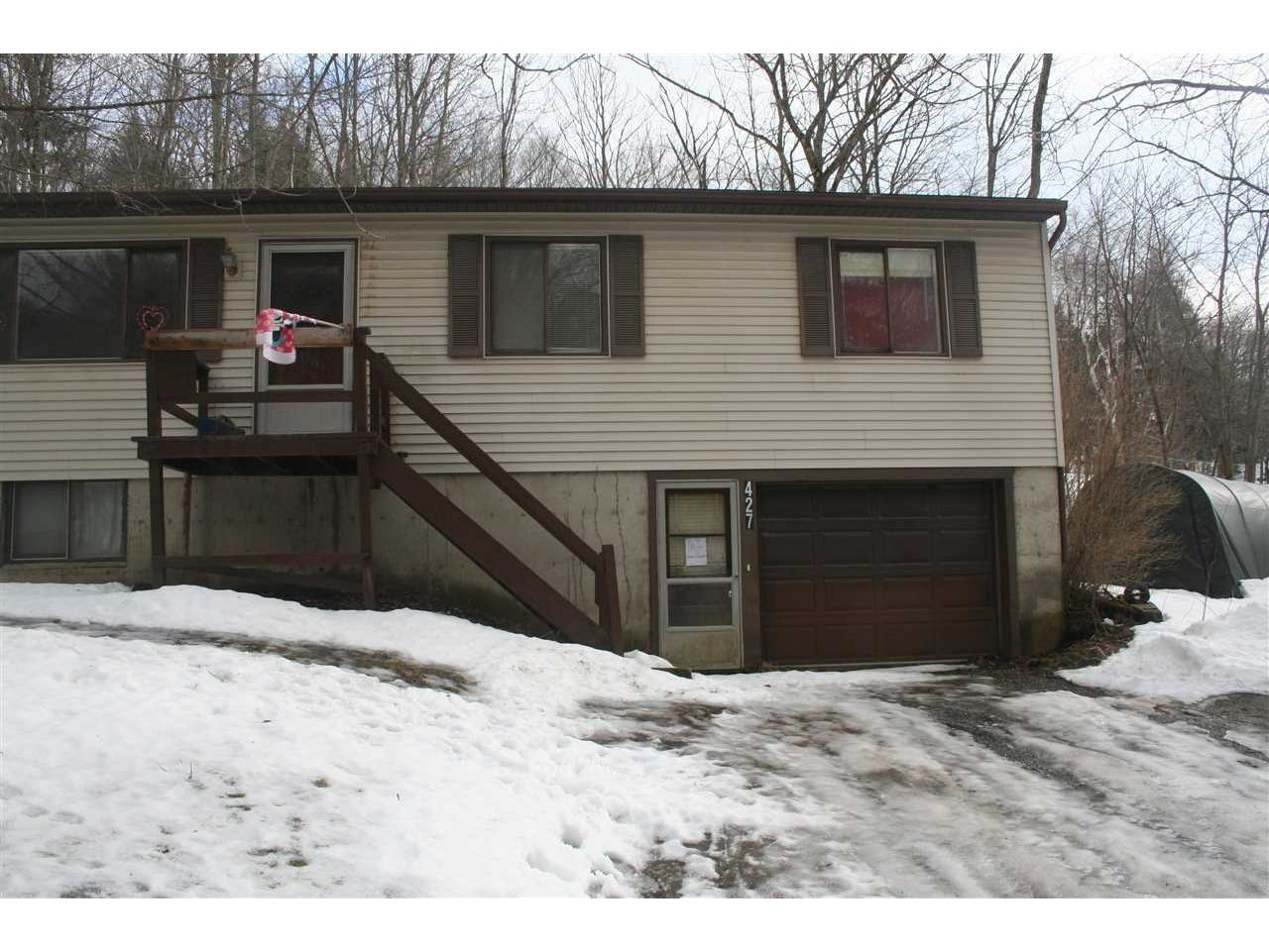 427 Woods Hollow Road, Westford