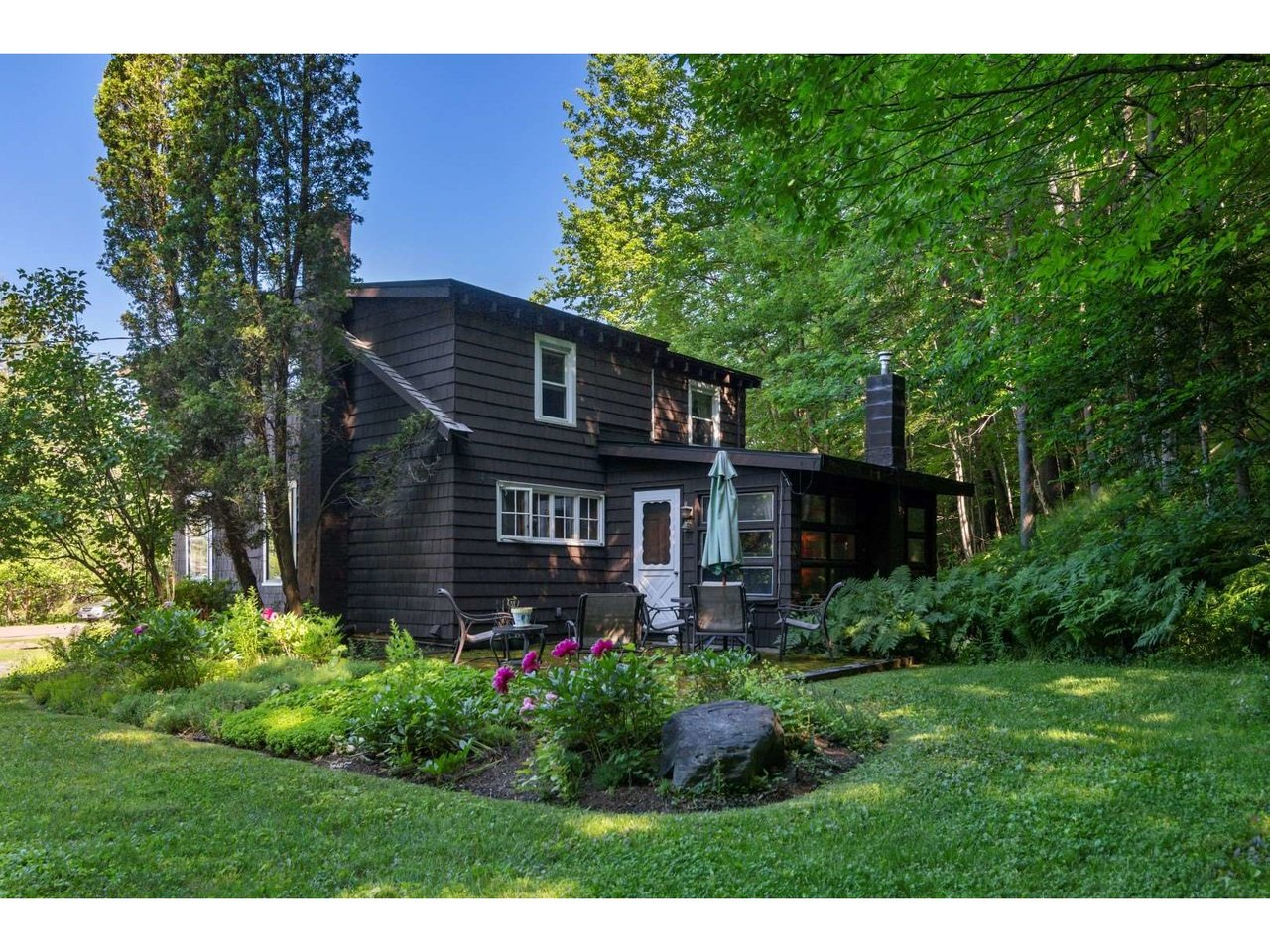 4310 Mountain Road, Stowe