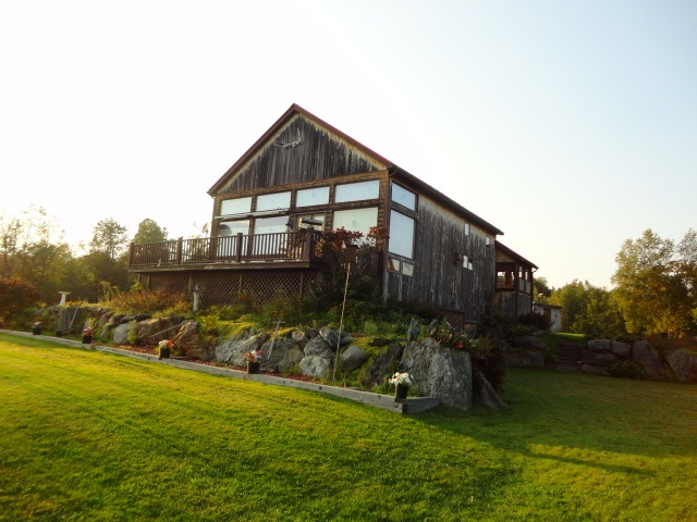 457 Golf Course Road, Richford