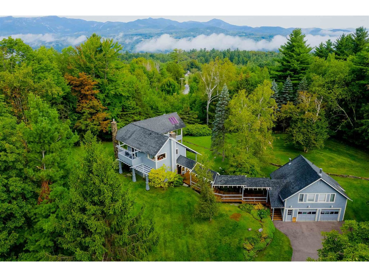 819 Taber Hill, Stowe