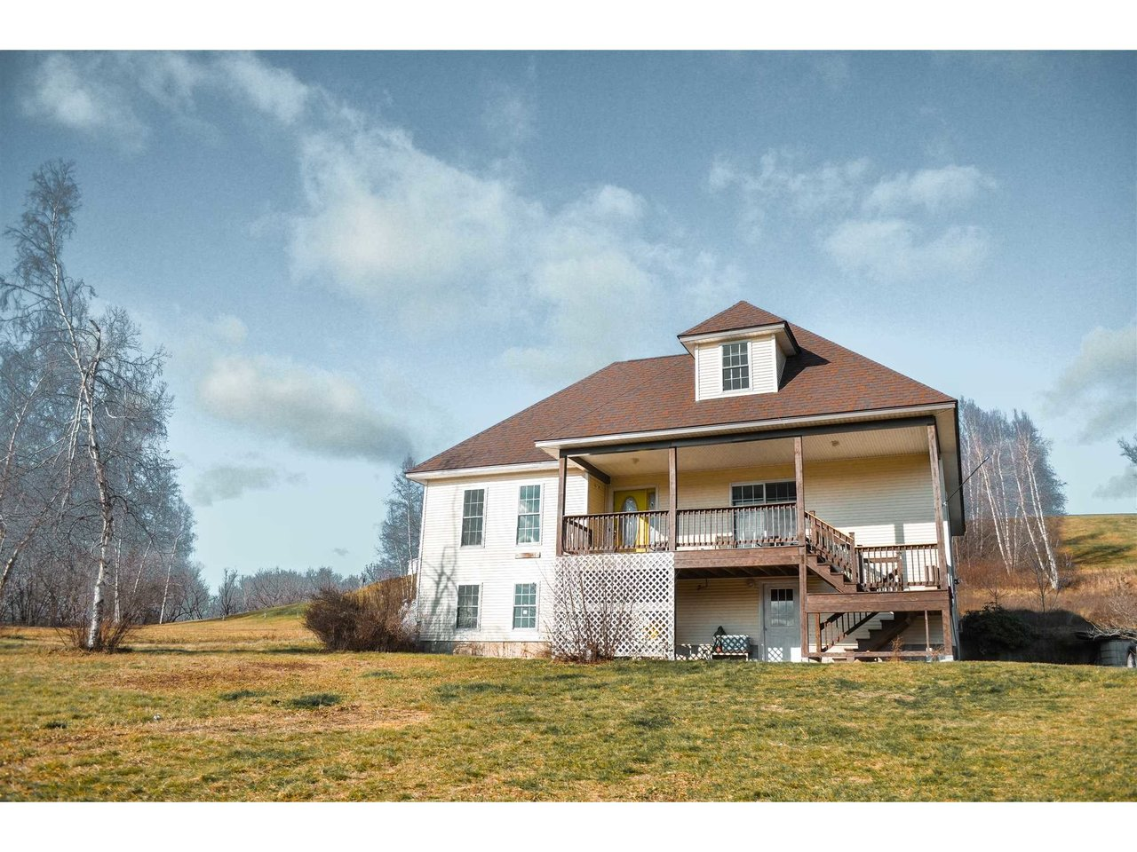 99 Golf Course Road, Richford