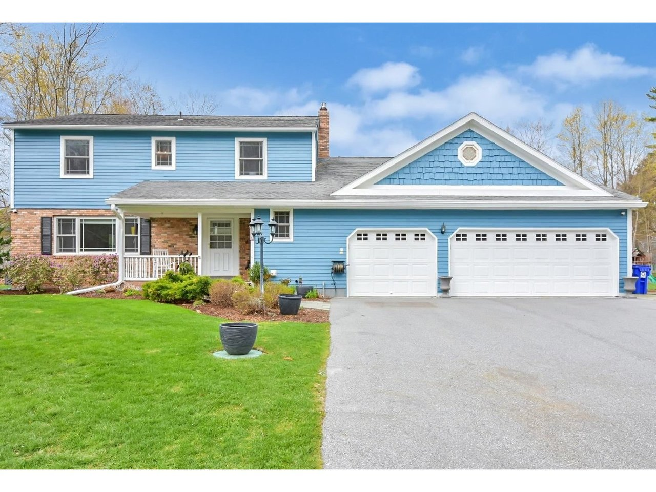 530 Martindale Road, Shelburne