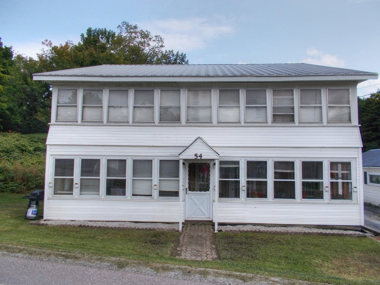 54 Mountain Road, Montgomery