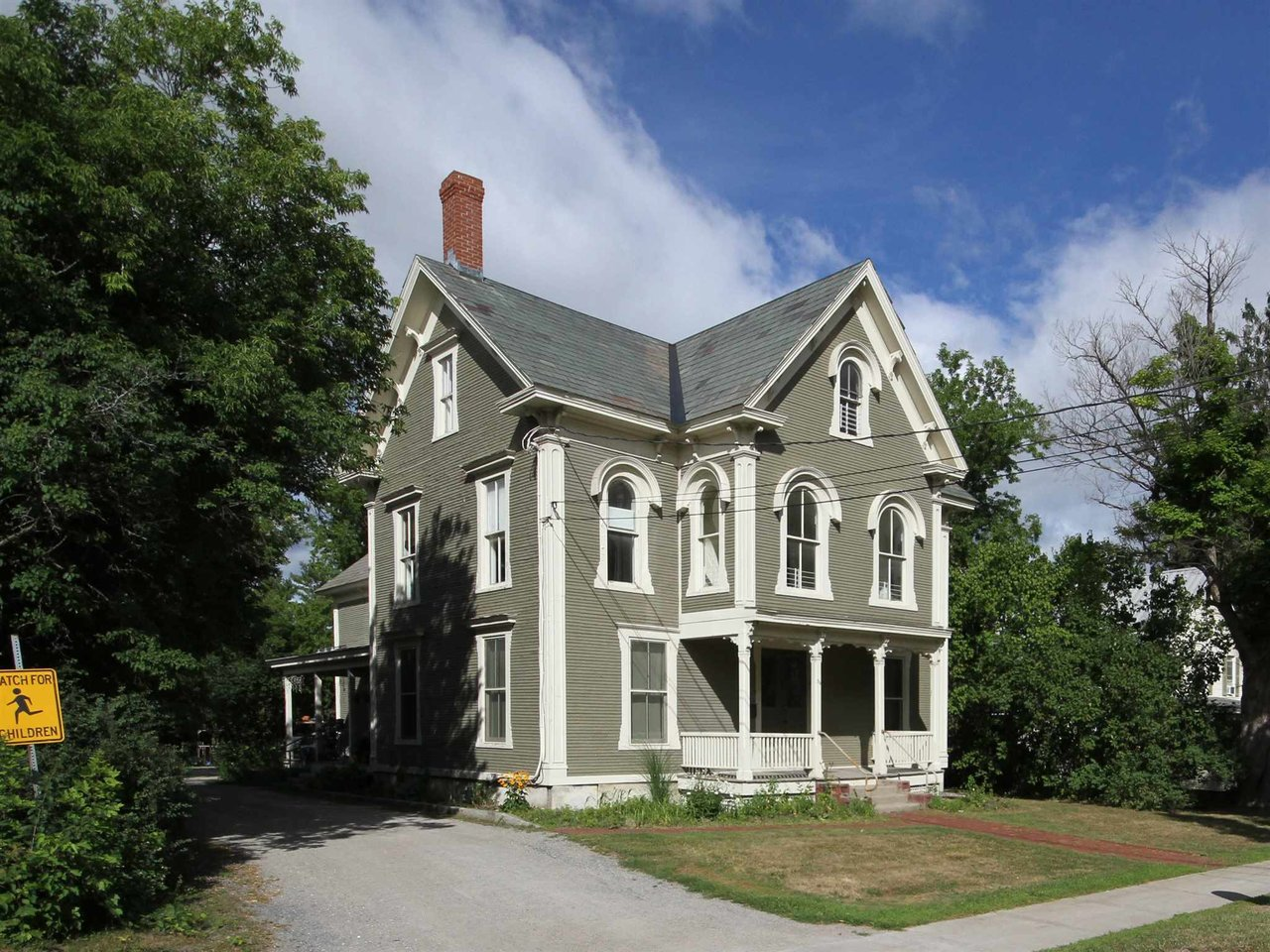 56 Court Street, Middlebury
