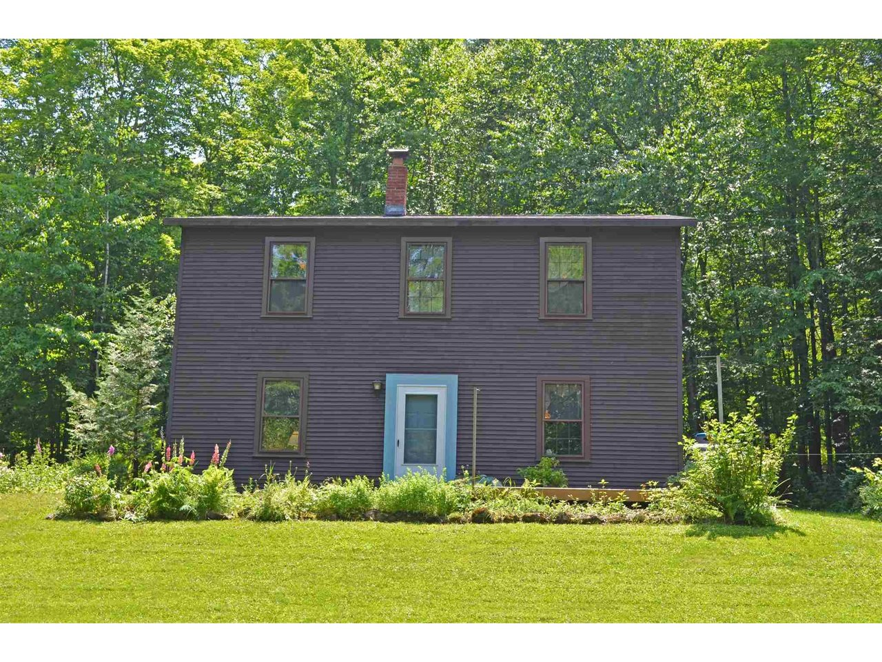 592 Cole Hill Road, Morristown