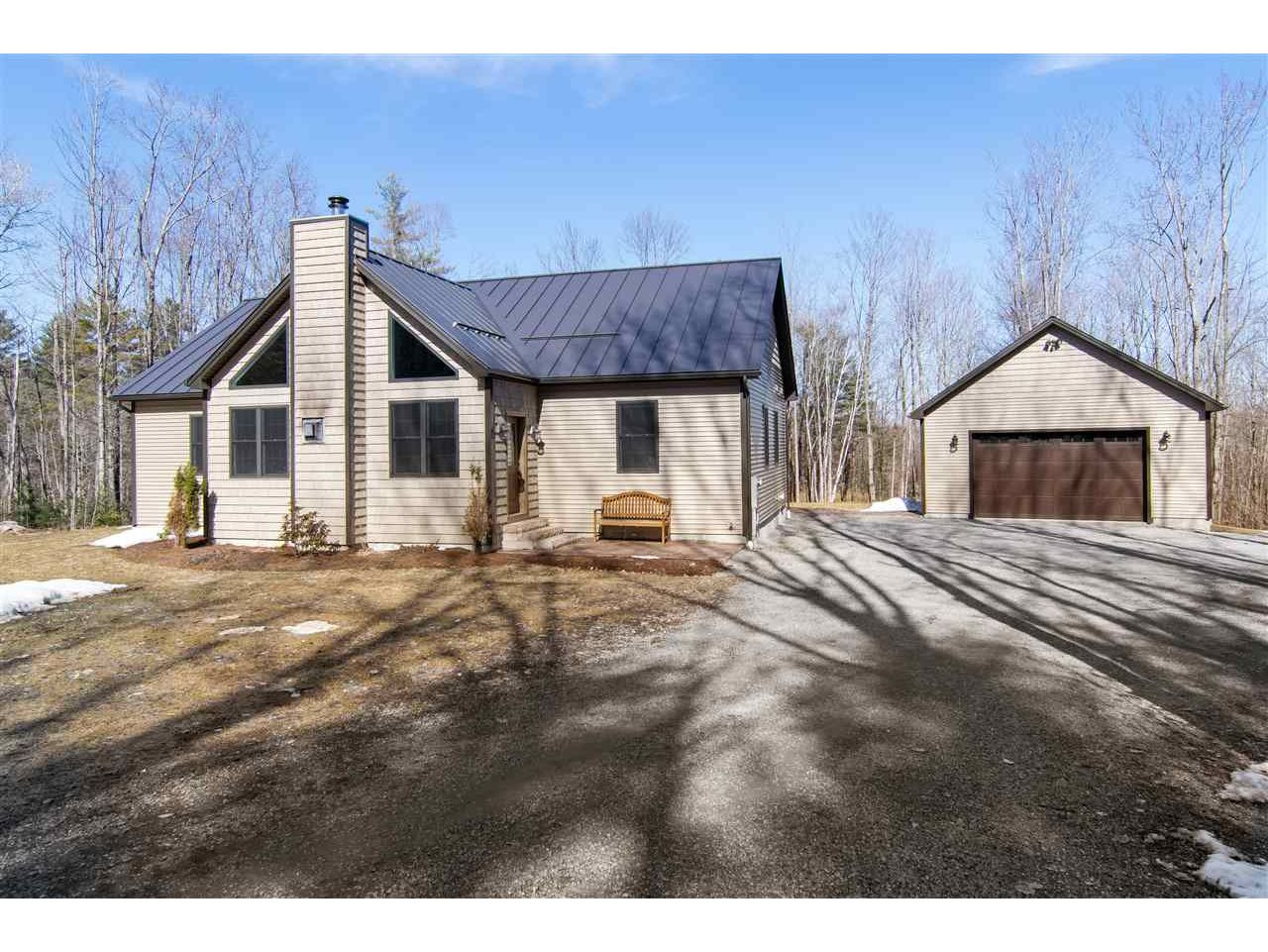 61 Twin Hill Road, Westford