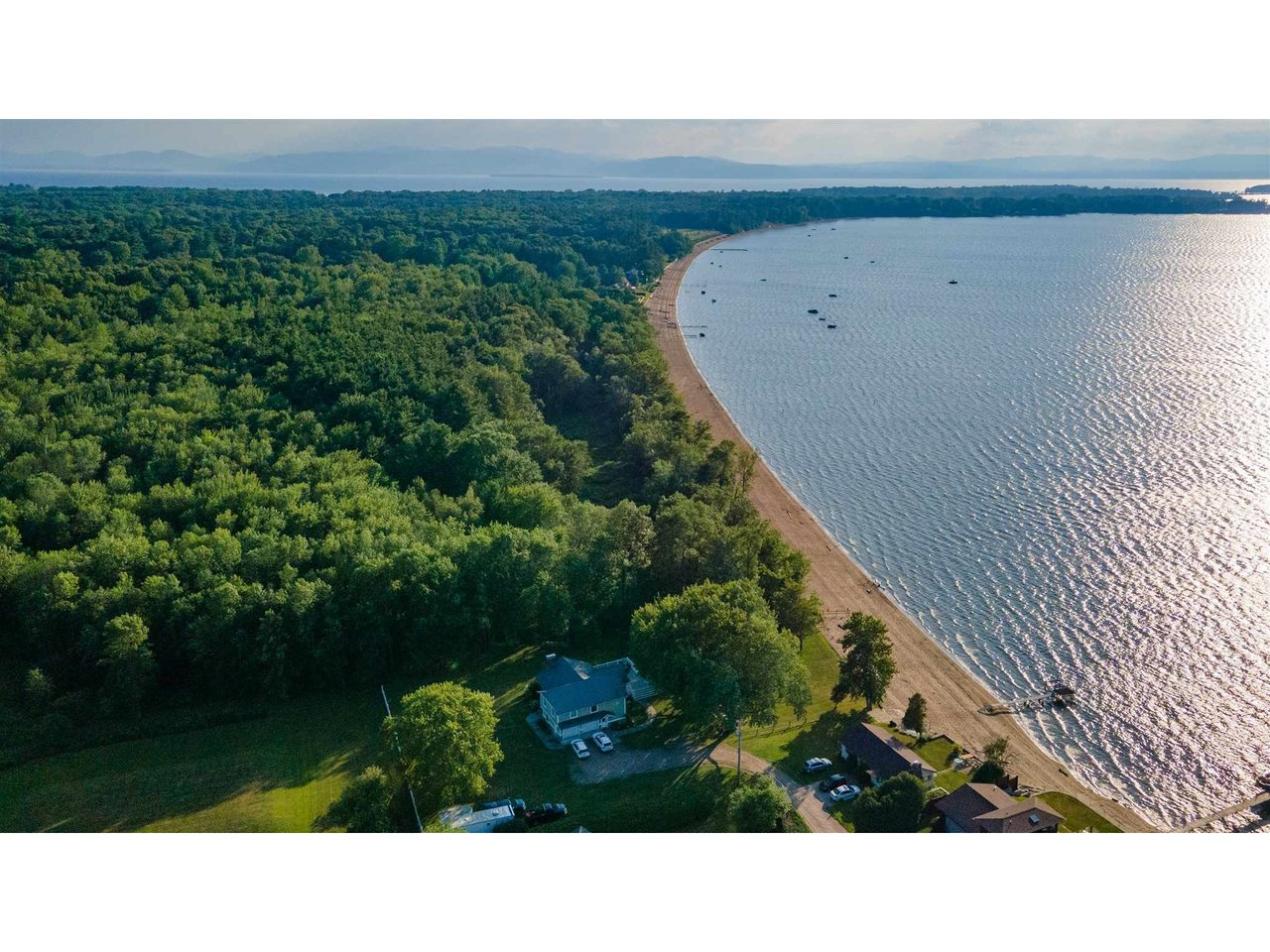 615 Thayer Beach Road, Colchester