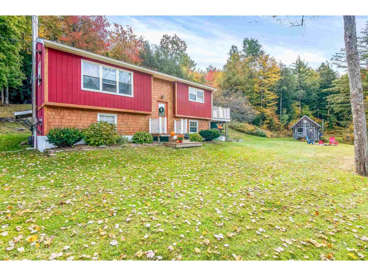 627 Woods Hollow Road, Westford
