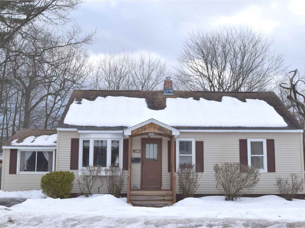 67 Woodbury Road, Burlington