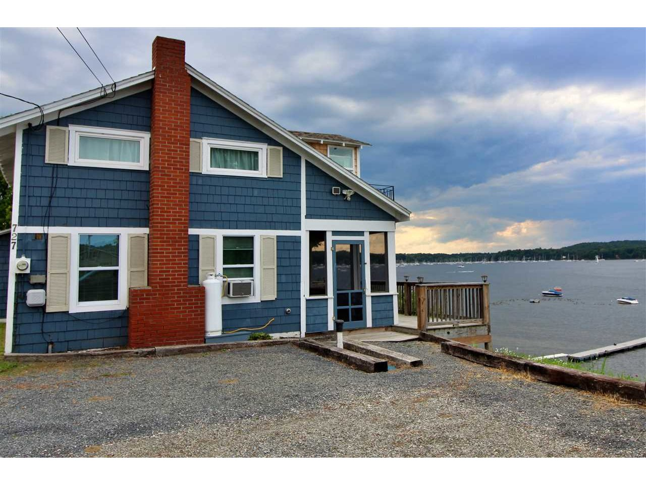 727 East Lakeshore Drive, Colchester