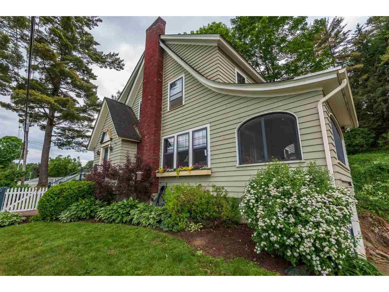 824 East Hill Road, Middlesex