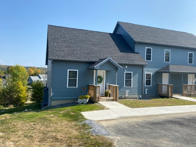 9 A Country Commons, Vergennes