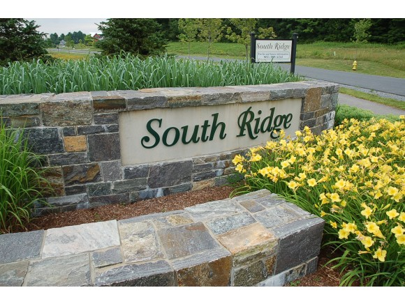 92 South Ridge, Middlebury