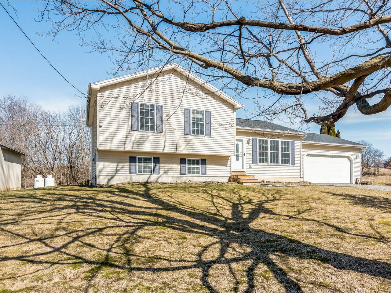 1277 Lake Road, Milton
