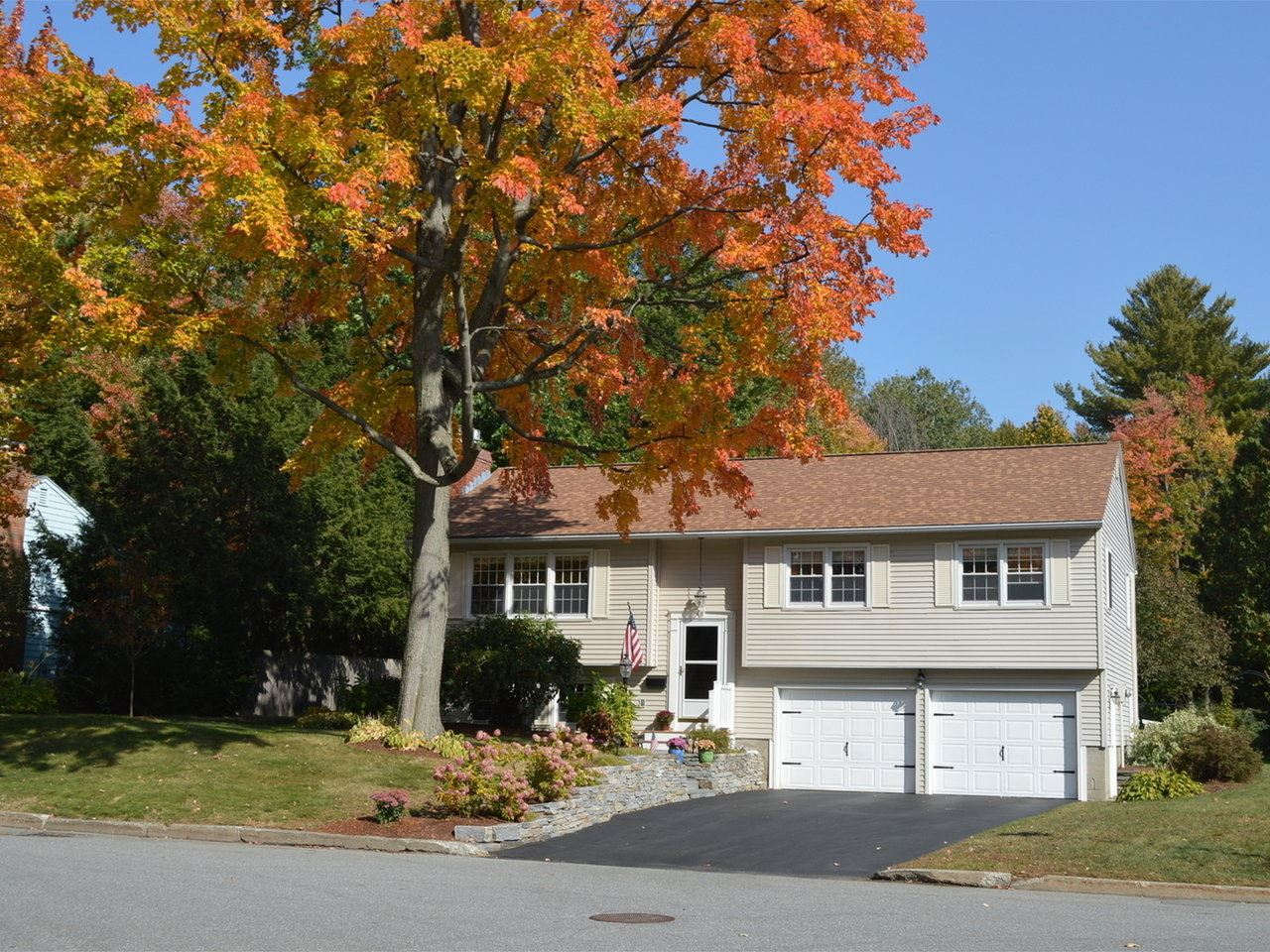 7 Yandow Drive, South Burlington
